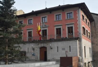 Puigcerdà reparteix ajudes als negocis afectats pel Covid-19