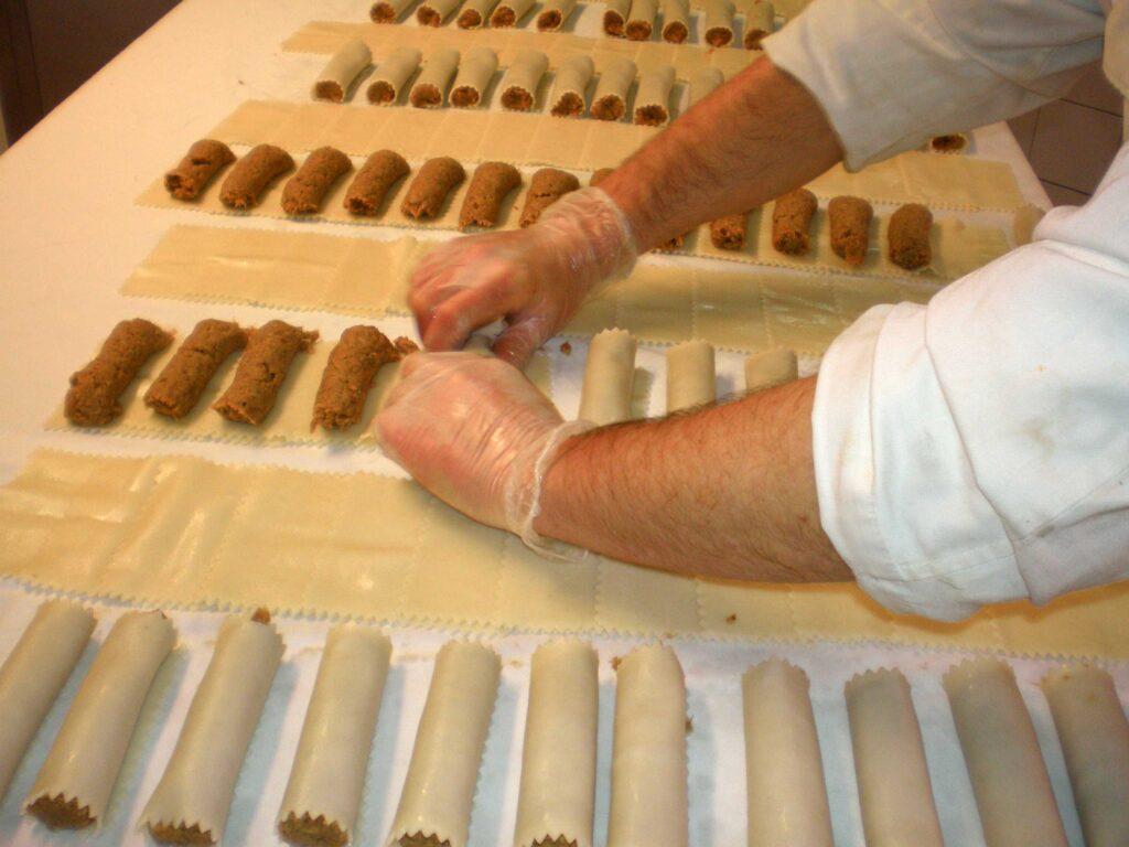 Els canelons són uns dels plats que es podran trobar a la Xarcuteria Rolland