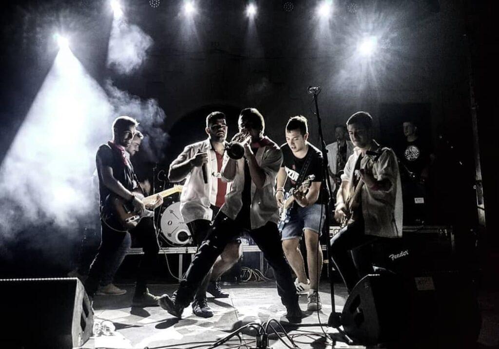 """Concert al parc dels Gronxadors amb el grup """"Vizuri"""""""
