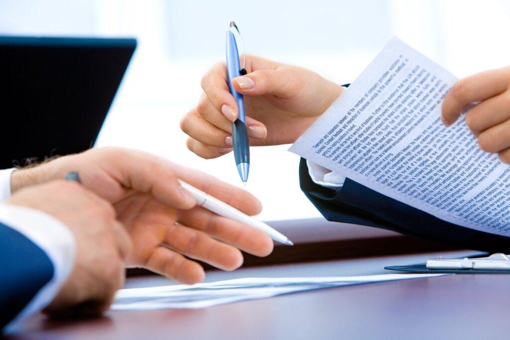 Encara que s'hagi firmat un contracte, el llogater pot decidir de rescindir-lo un cop hagin transcorregut sis mesos