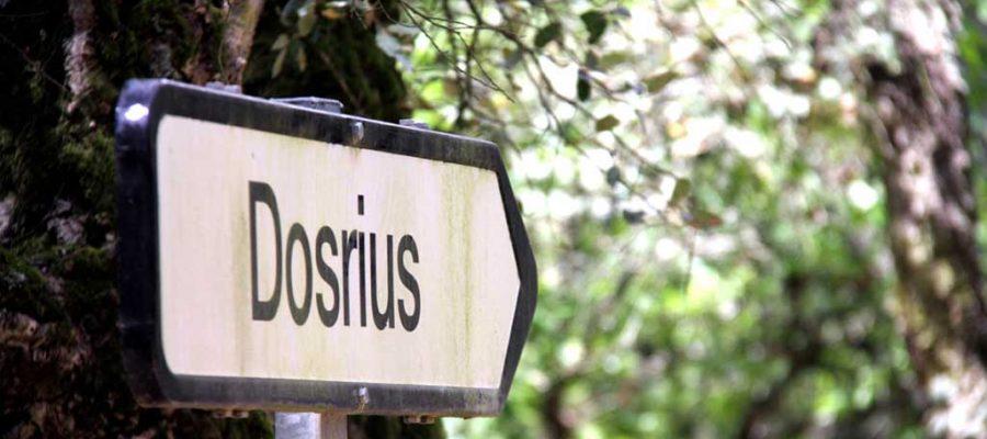 Un cartell del municipi de Dosrius