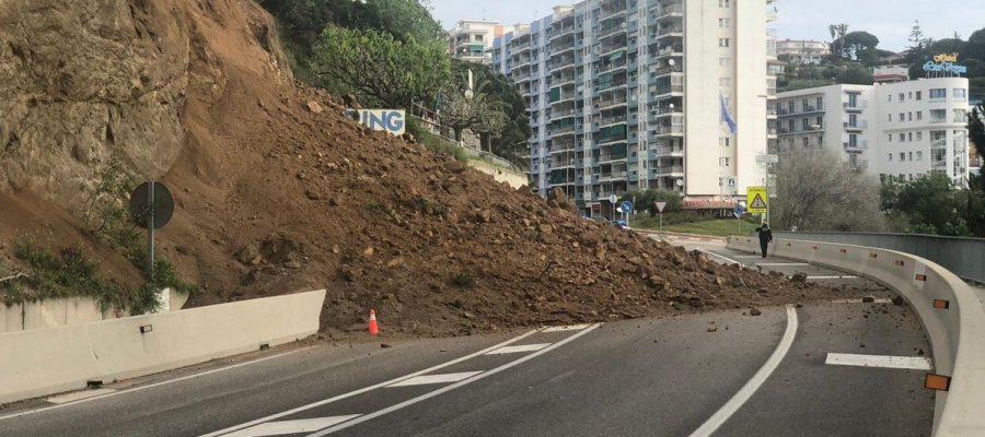 Consolidaran els talussos de Calella. Imatge del passat 23 d'abril. (Foto: Policia Local de Calella).